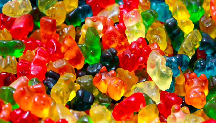 Charlotte's Web teams up with The Vitamin Shoppe to offer new gummy line